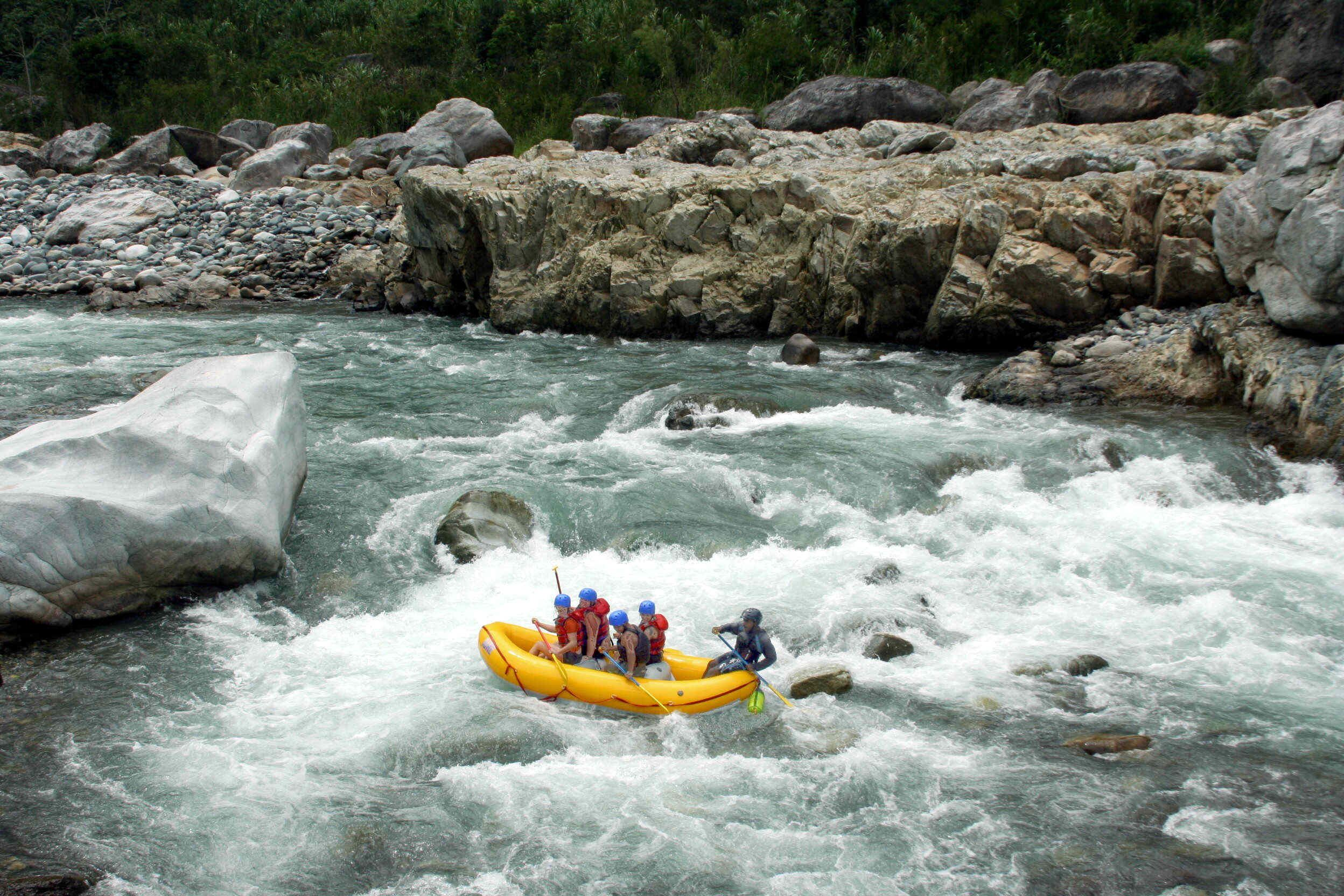 Water Rafting in Cangrejal River