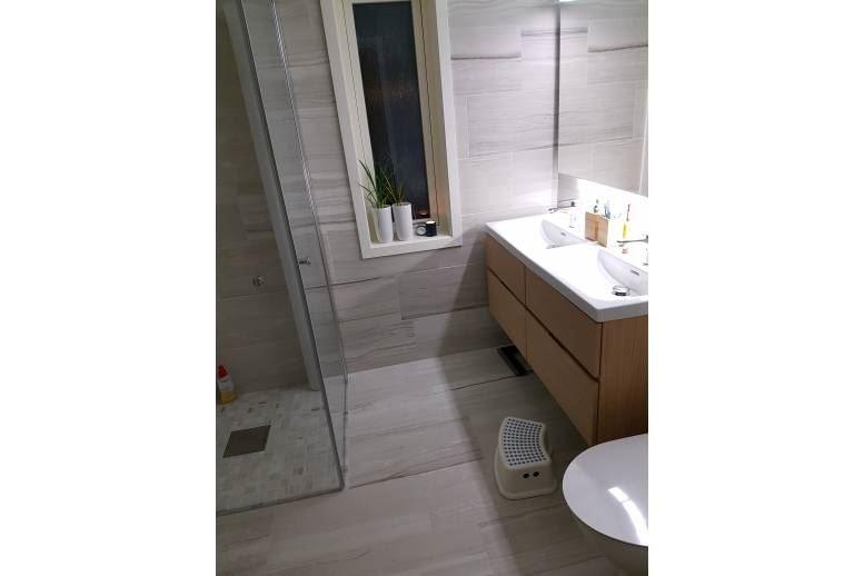 Örnsköldsvik - Stort nyrenoverat 2-plans hus ca: 175 kvm med alla bekvämligheter!