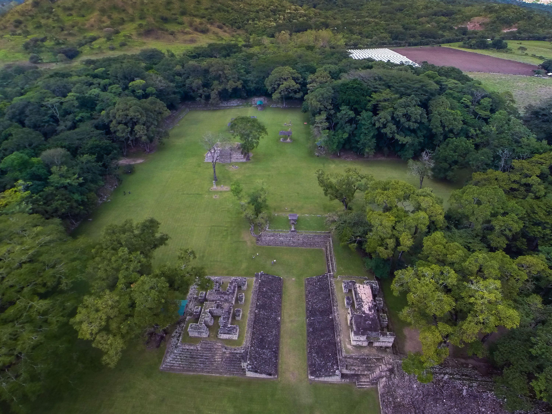 Copan Ruinas hacia La Ceiba 7 dias/6 noches