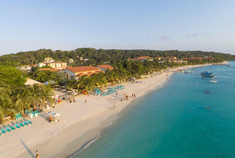Día de playa en Roatan