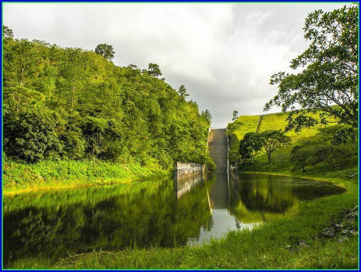 Day trip from Yojoa Lake to Meambar Hill National Park