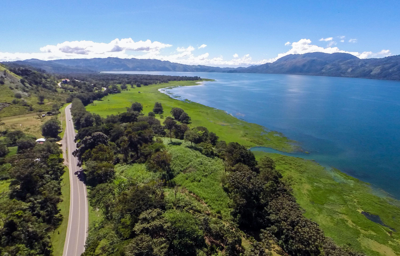 Lago Yojoa hacia Tela 5 dias/4 noches