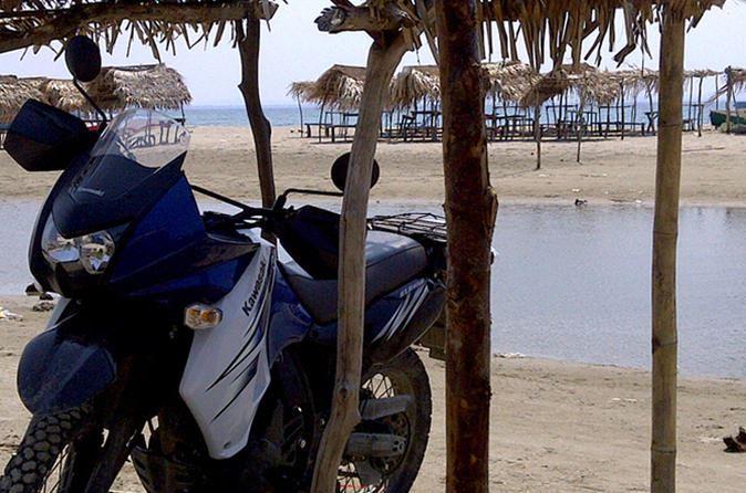 Tour en motocicleta en villa garifuna Miami
