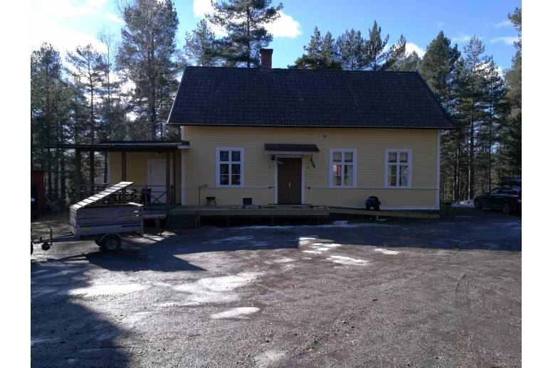Arvika - Boende på Ullens Bygdegård, 4km från Aa flygplats.