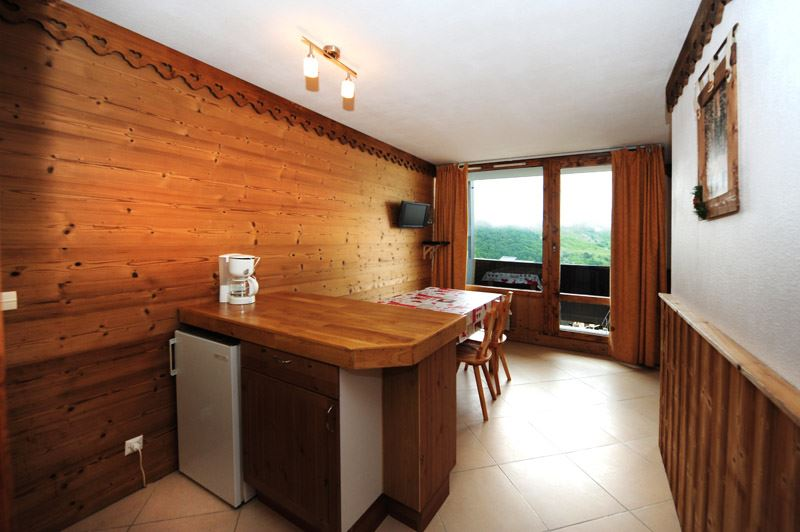 Studio cabine 4 Pers skis aux pieds / VILLARET 607
