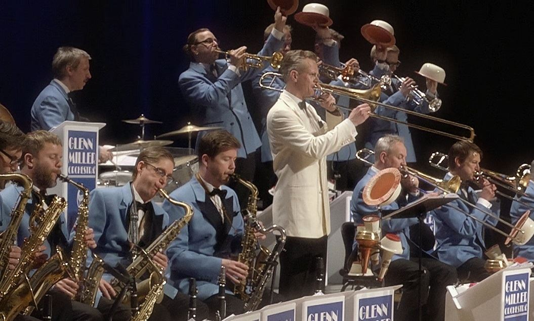 GLENN MILLER ORCHESTRA - A Tribute To The Great Big Bands