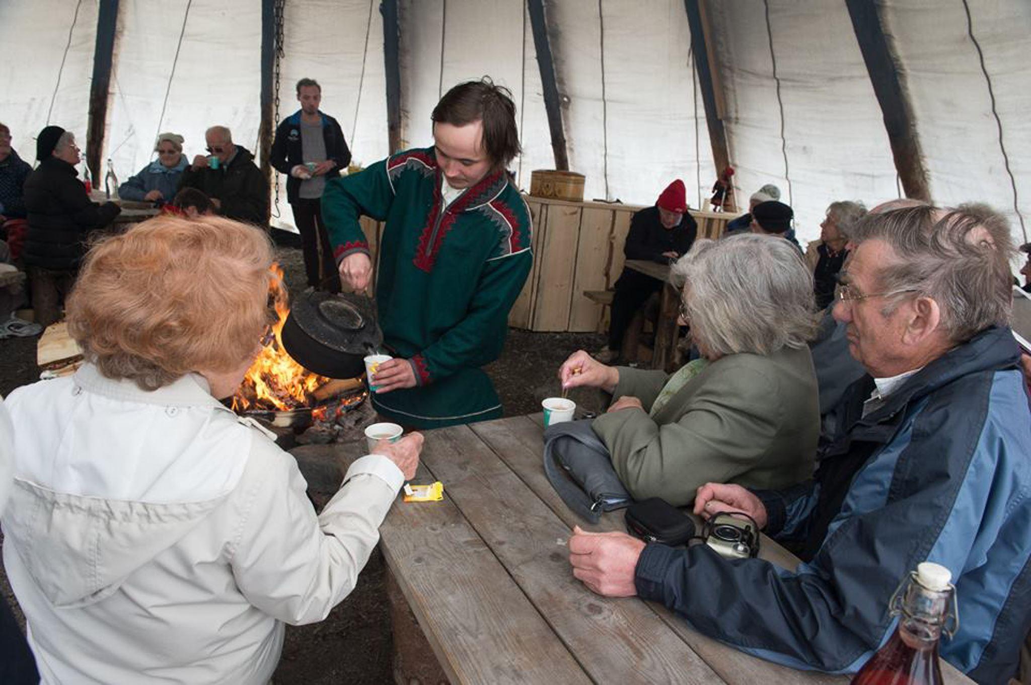 Sami Culture & Reindeer Feeding