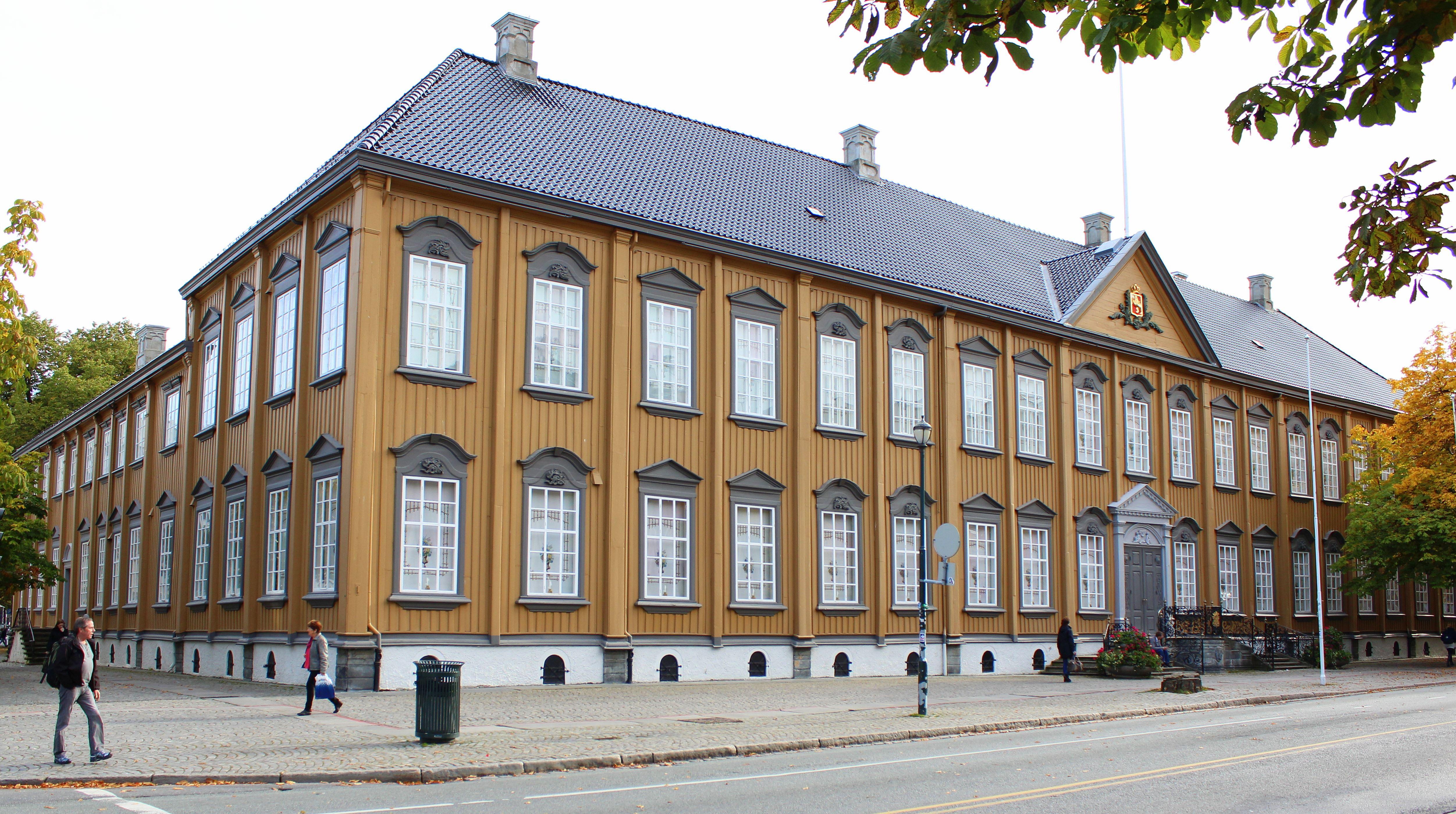 Øyvind Blomstereng, Stiftsgården - The Royal Residence