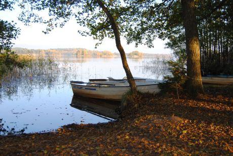 Hyr båt på Skälsnäs gård