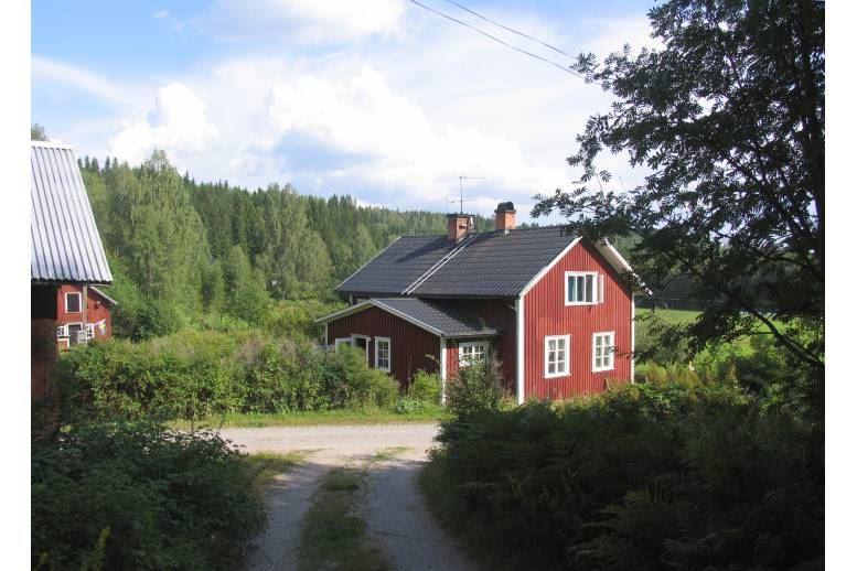 Mangskog - Hus i lantlig miljö
