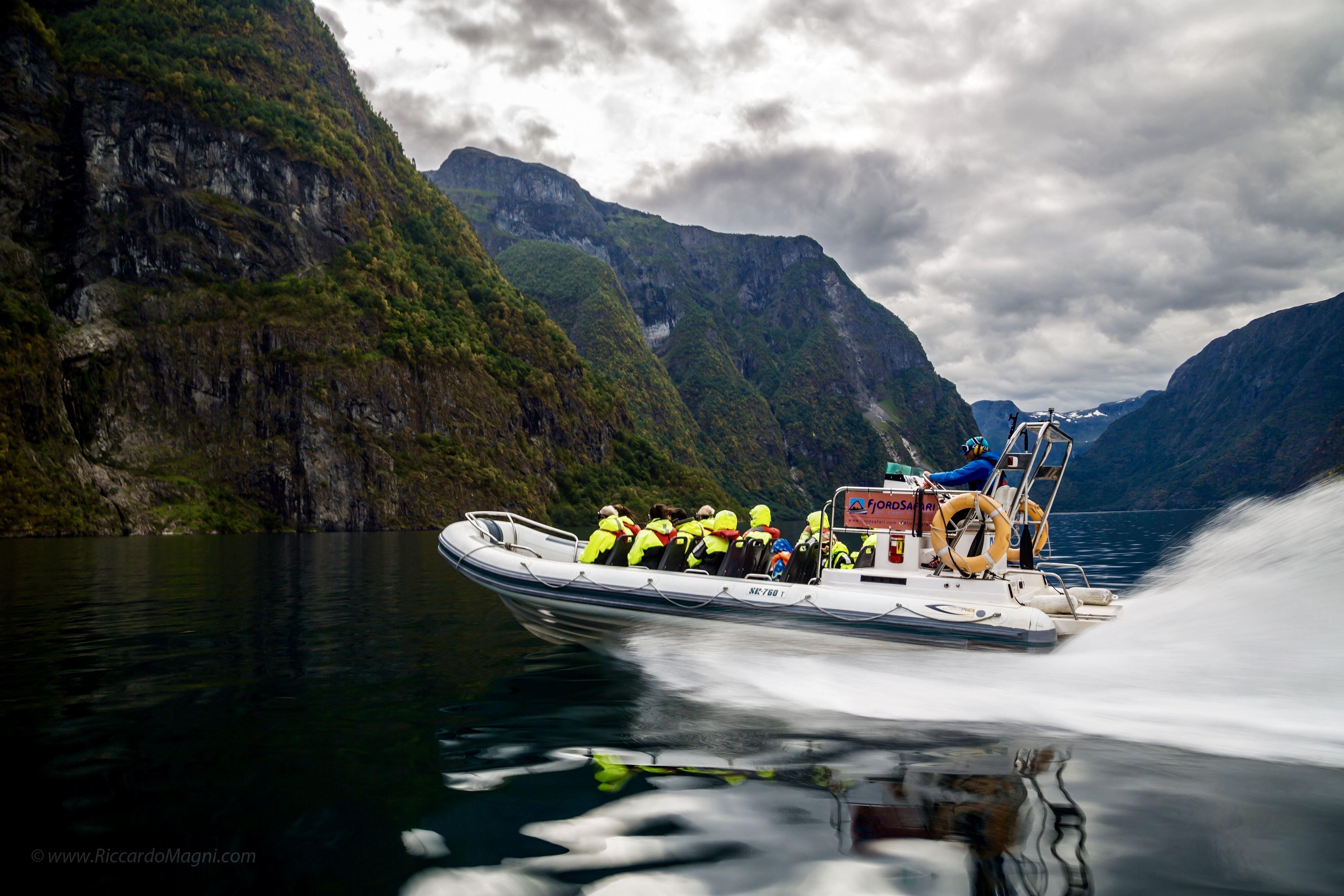 Heritage Fjordsafari og Ægir Viking Dinner