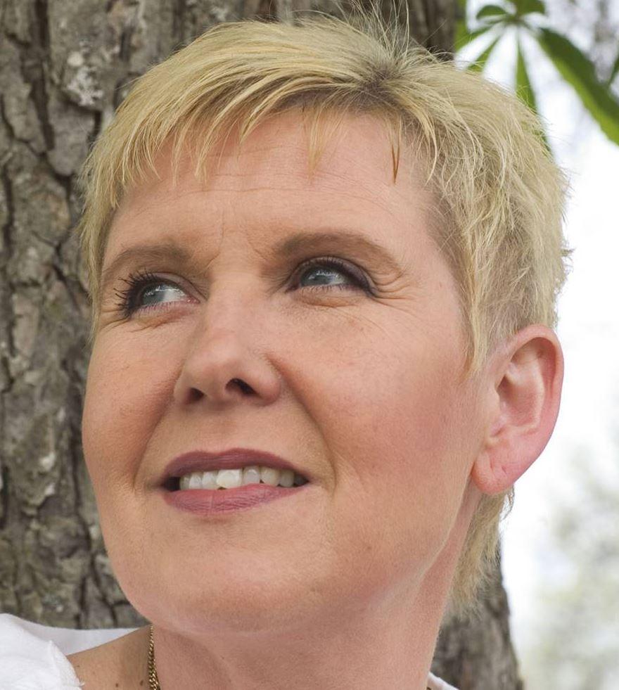 Susanne Alfvengren - Vandring på sin Gotlandsturné