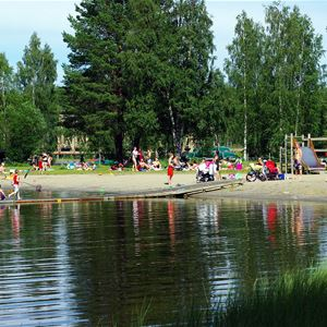 Foto: Lits Camping,  © Copy: Lits Camping, Outdoor swimming and playarea