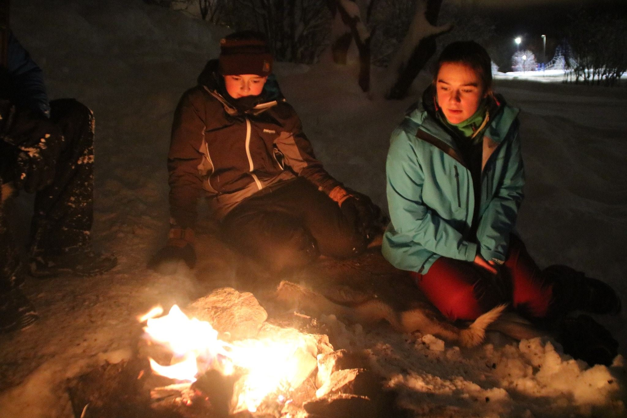 005. Evening snowshoe trip with a campfire - Tromsø Outdoor
