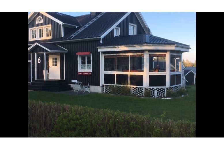 Köpmanholmen Örnsköldsvik - Stort hus i natursköna höga kusten Köpmanholmen