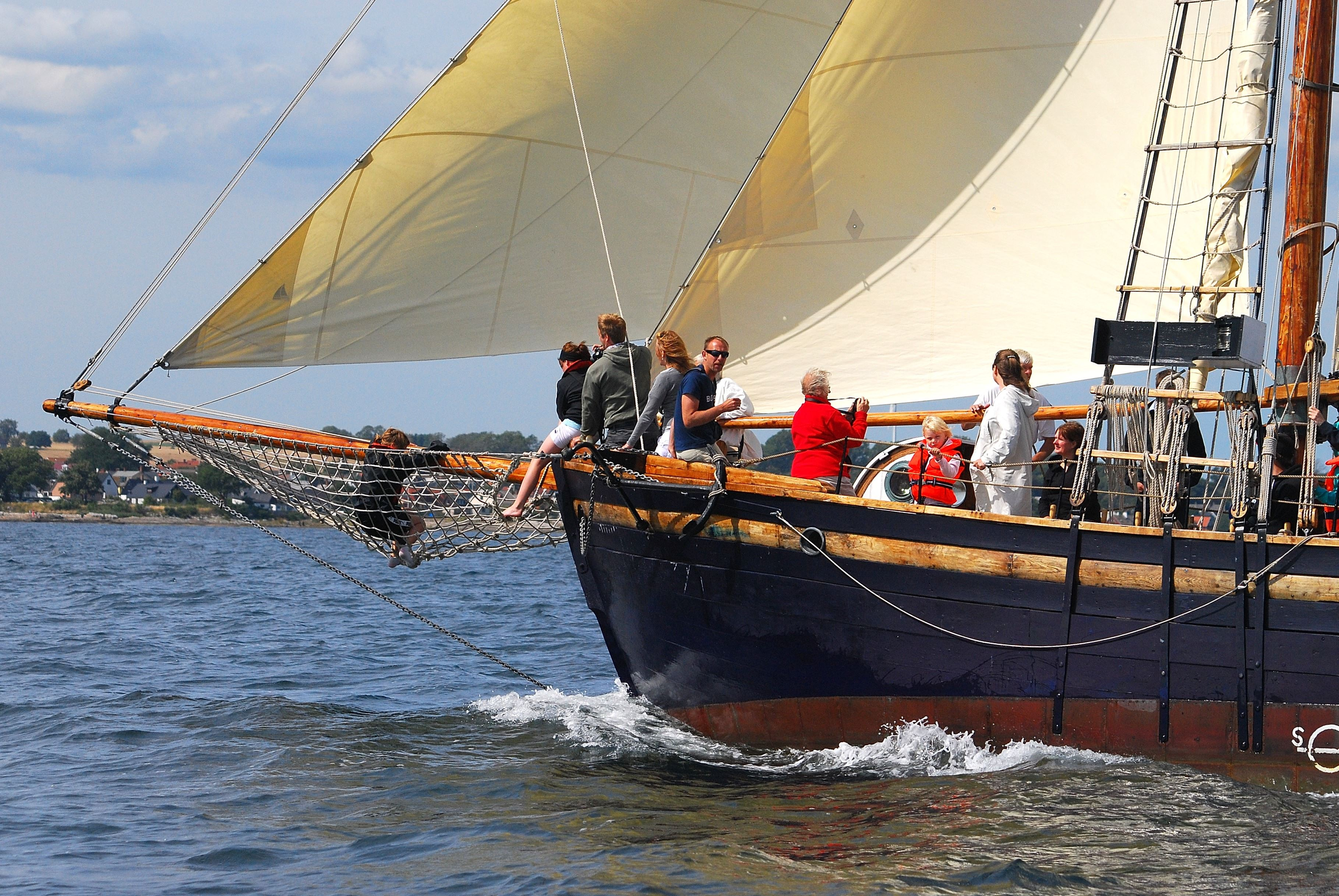 EXPERIENCE SAILING HISTORY WITH THE GAFF CUTTER HOPPET AV BRANTEVIK