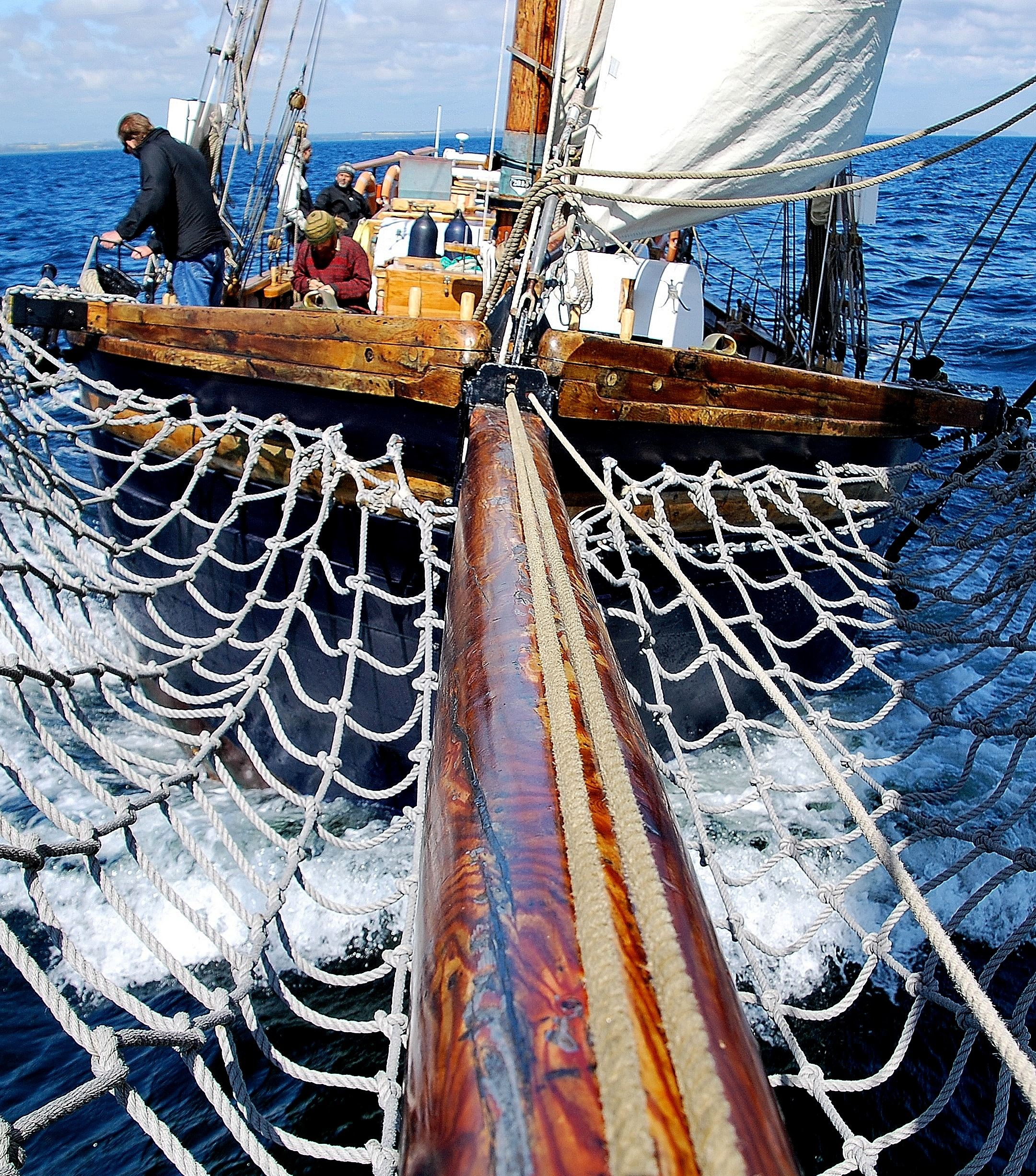 Sailing ship - Hoppet