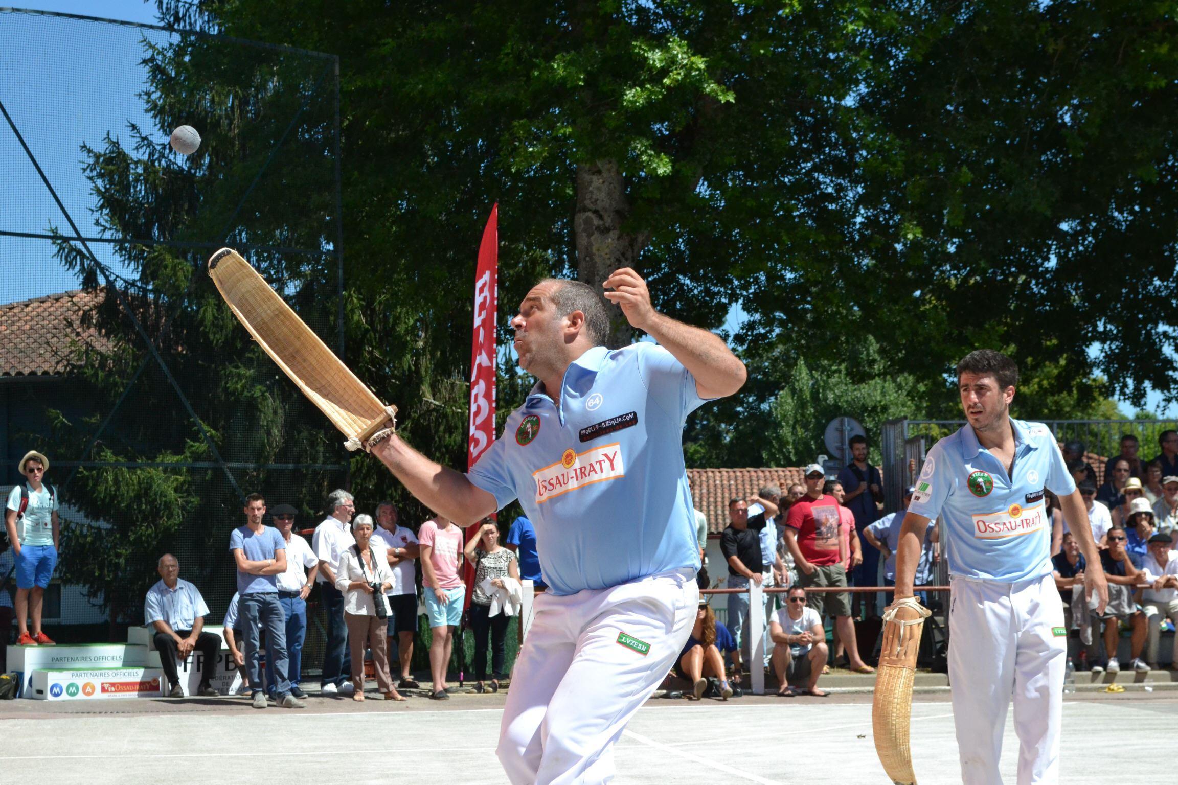 Partie de pelote basque à Saint-Jean-de-Luz