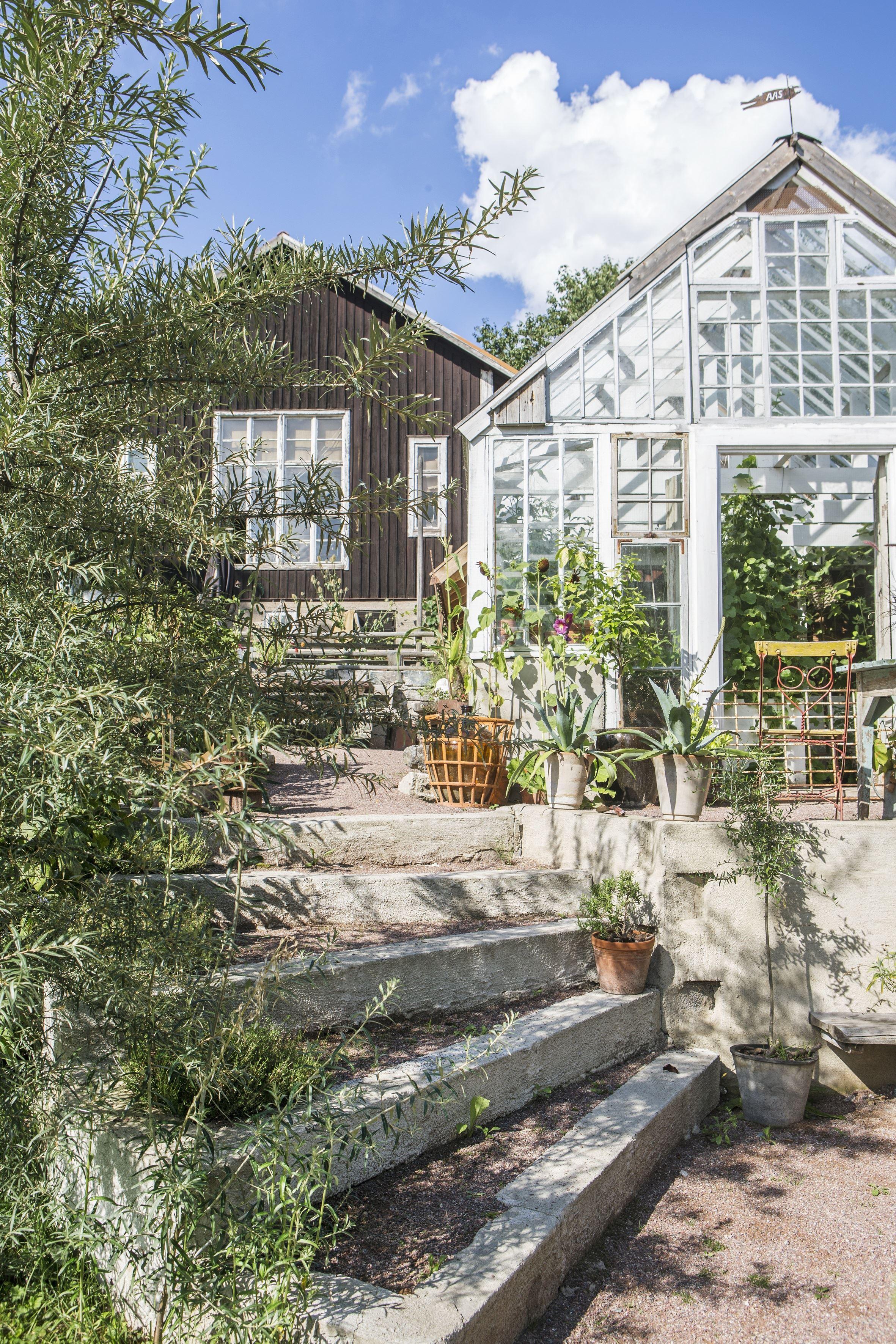 Ateljé Y Konst & Trädgård