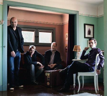 Kören Decibel möter Peter Knudsen Trio.  Peterson-Berger 150 år