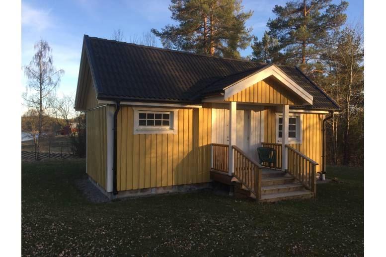 Bålgård - Stuga 5 km öster om Arvika