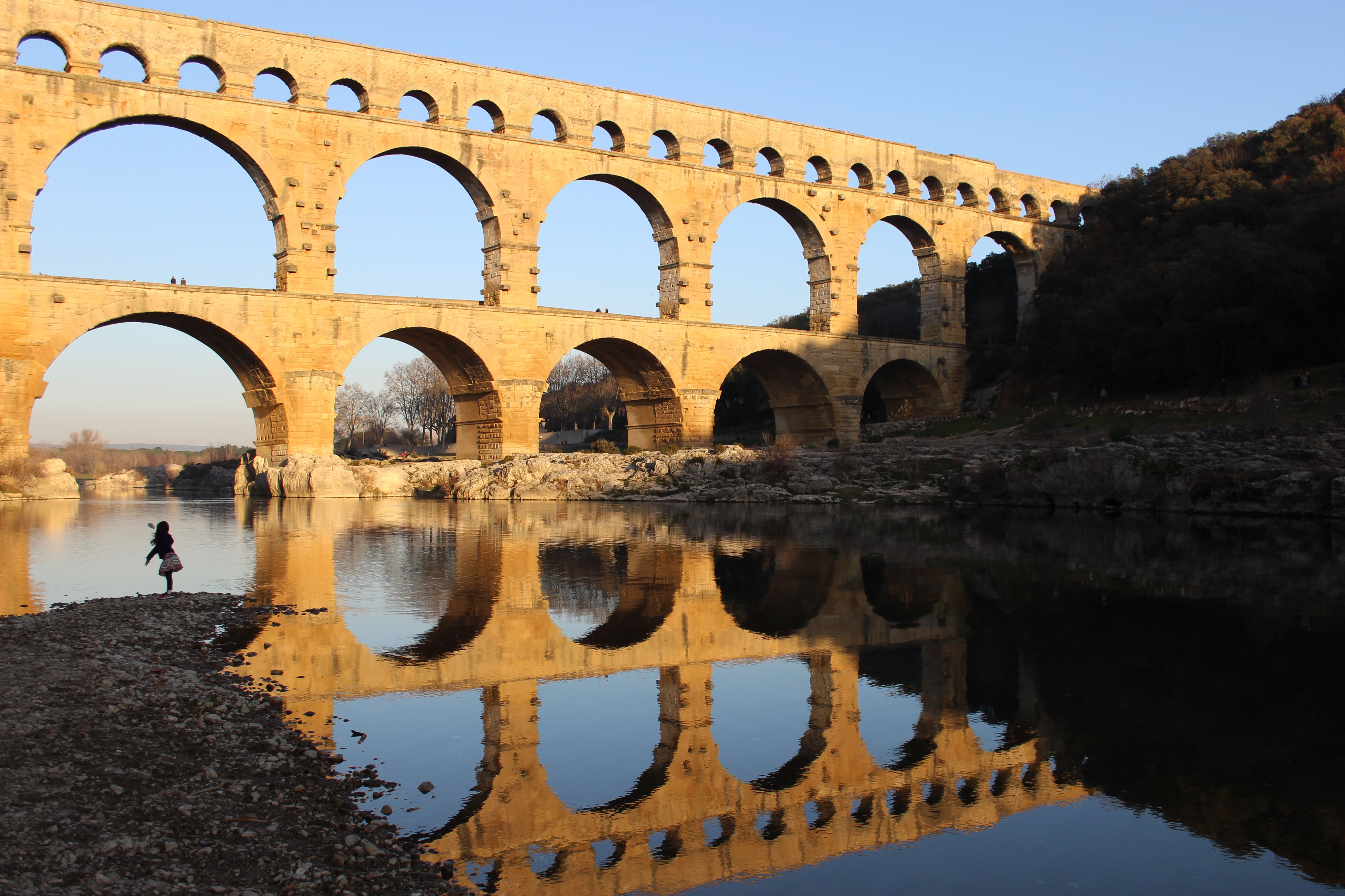 Excursion Saint-Rémy - Les Baux -Pont du Gard