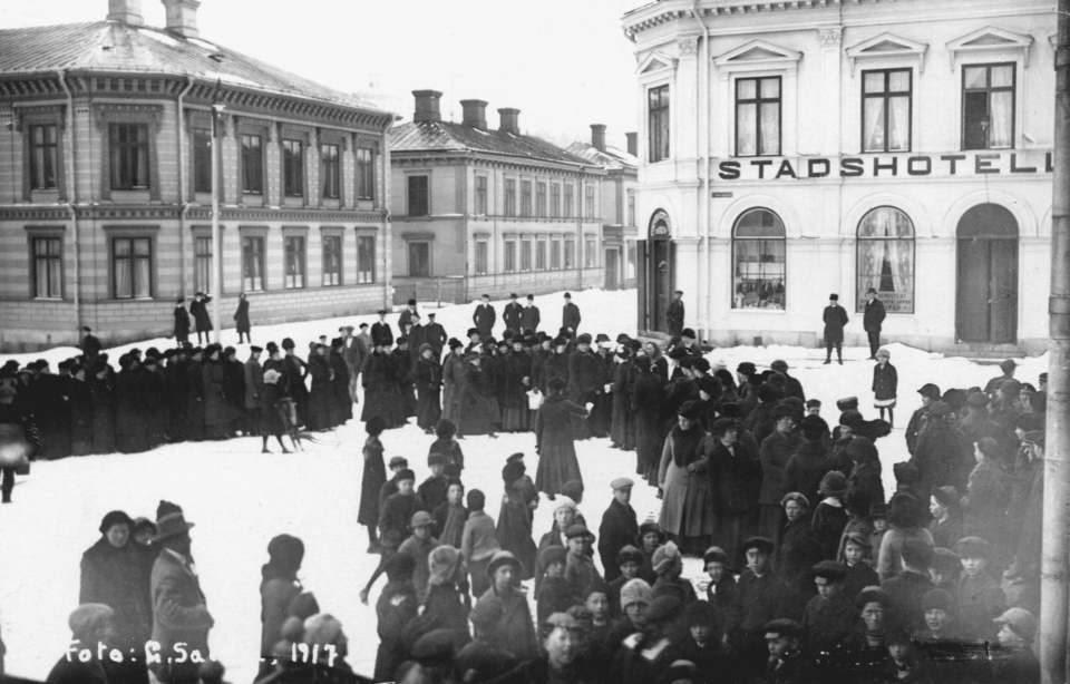 När kvinnorna gick i spetsen – hungermarschen 1917-Utställning