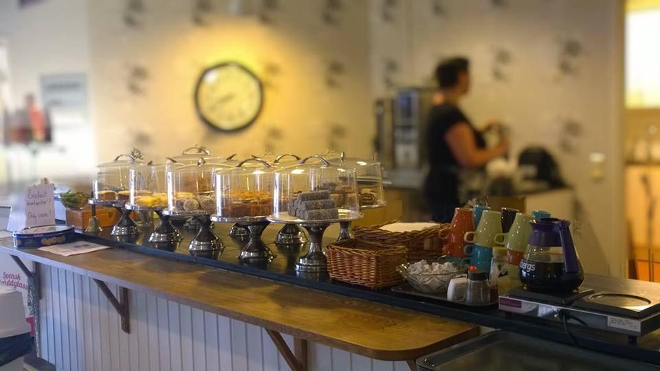 Café InBetween