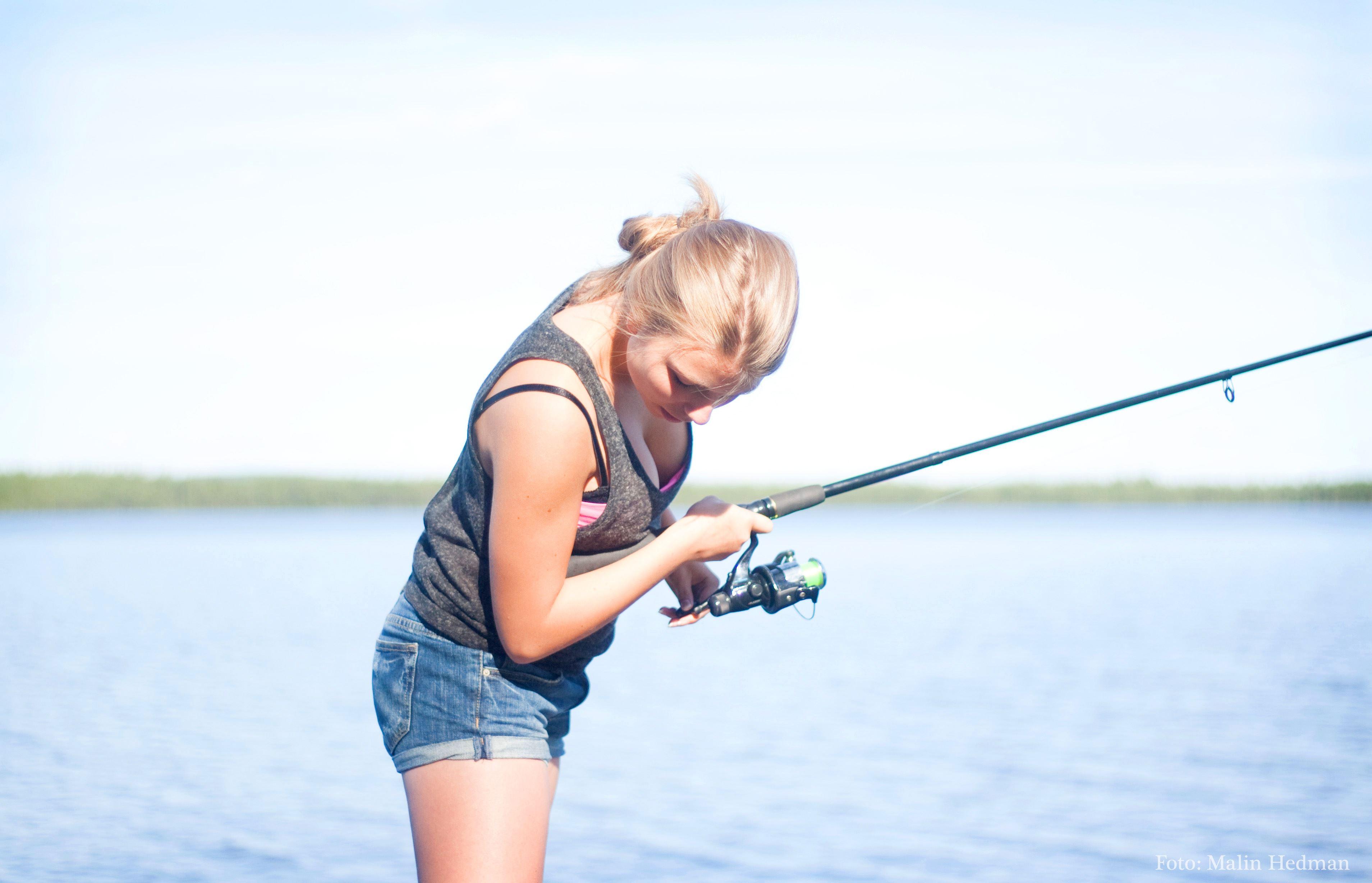 Malin Hedman,  © Malå kommun, Fisketävling i Släppträsk