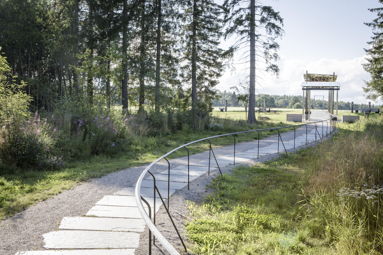 David Schreiner, Sundsvalls museum, Arkeologivandring vid Nolby högar 29 augusti.