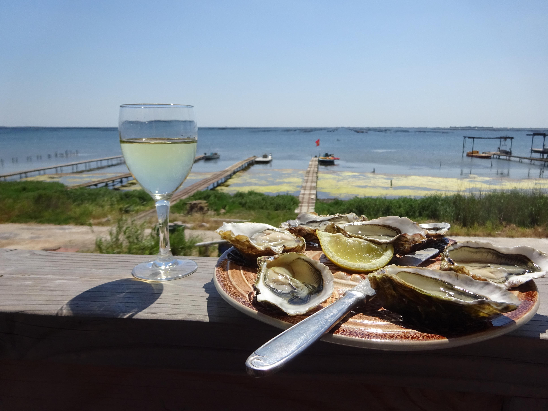 Pausa culinaria cerca de la Laguna de Thau con Belle Tourisme