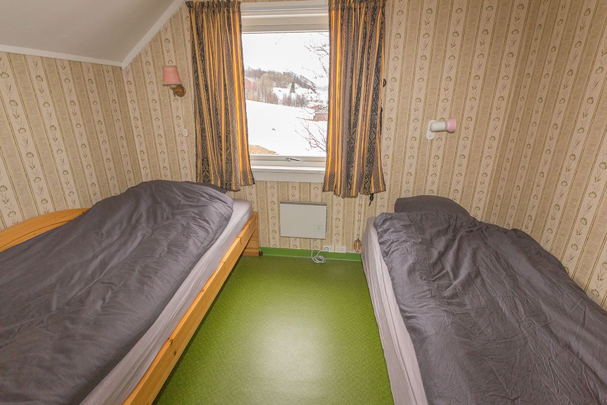 Basecamp Djupvik – Accommodation and nature-based experiences