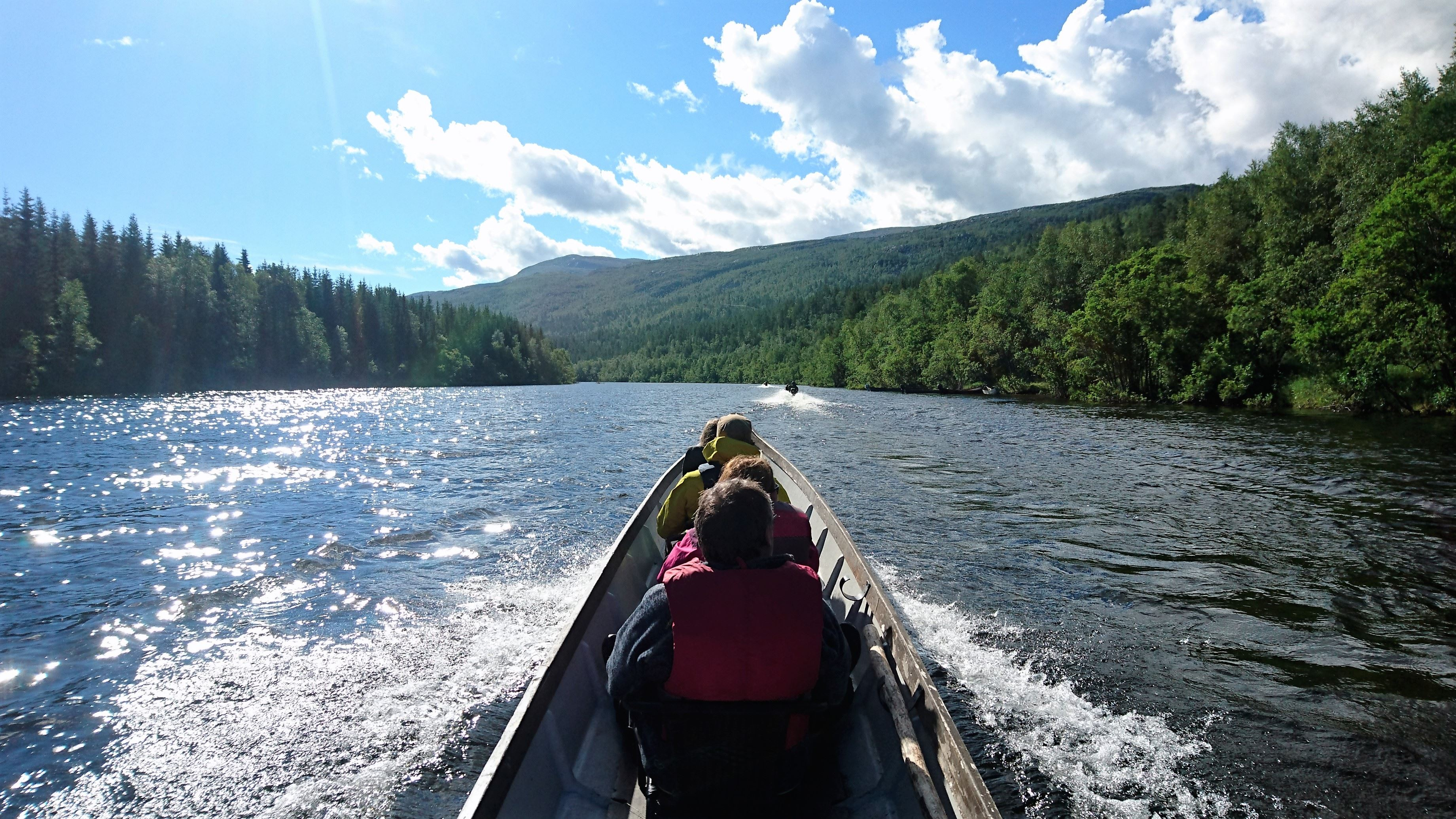 River boat safari with Svartfoss Adventure