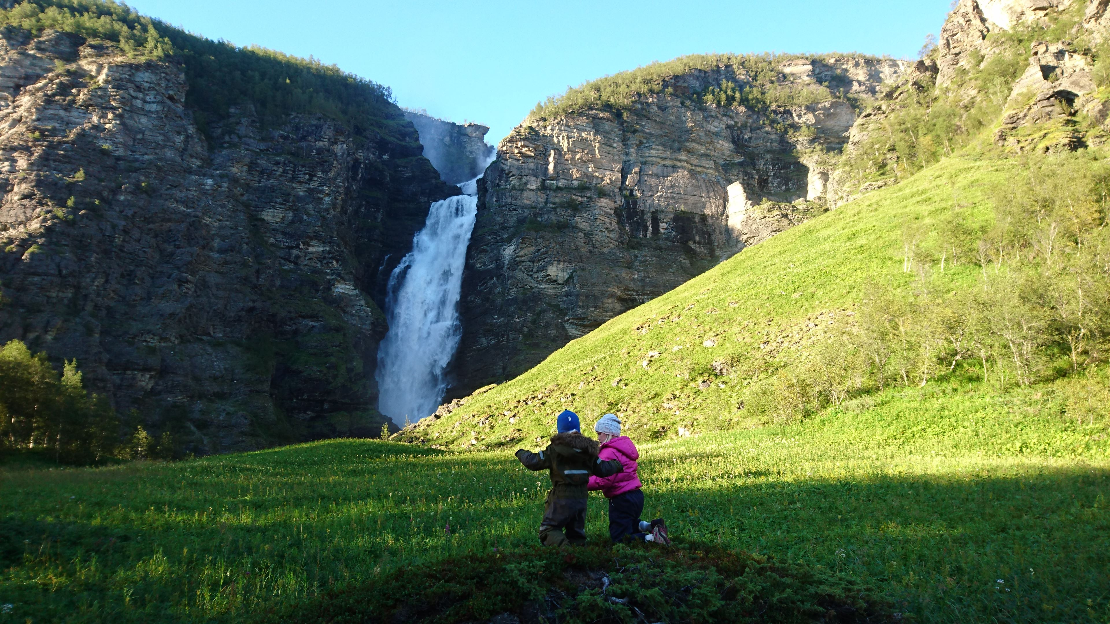 Guided tour to Mollisfossen