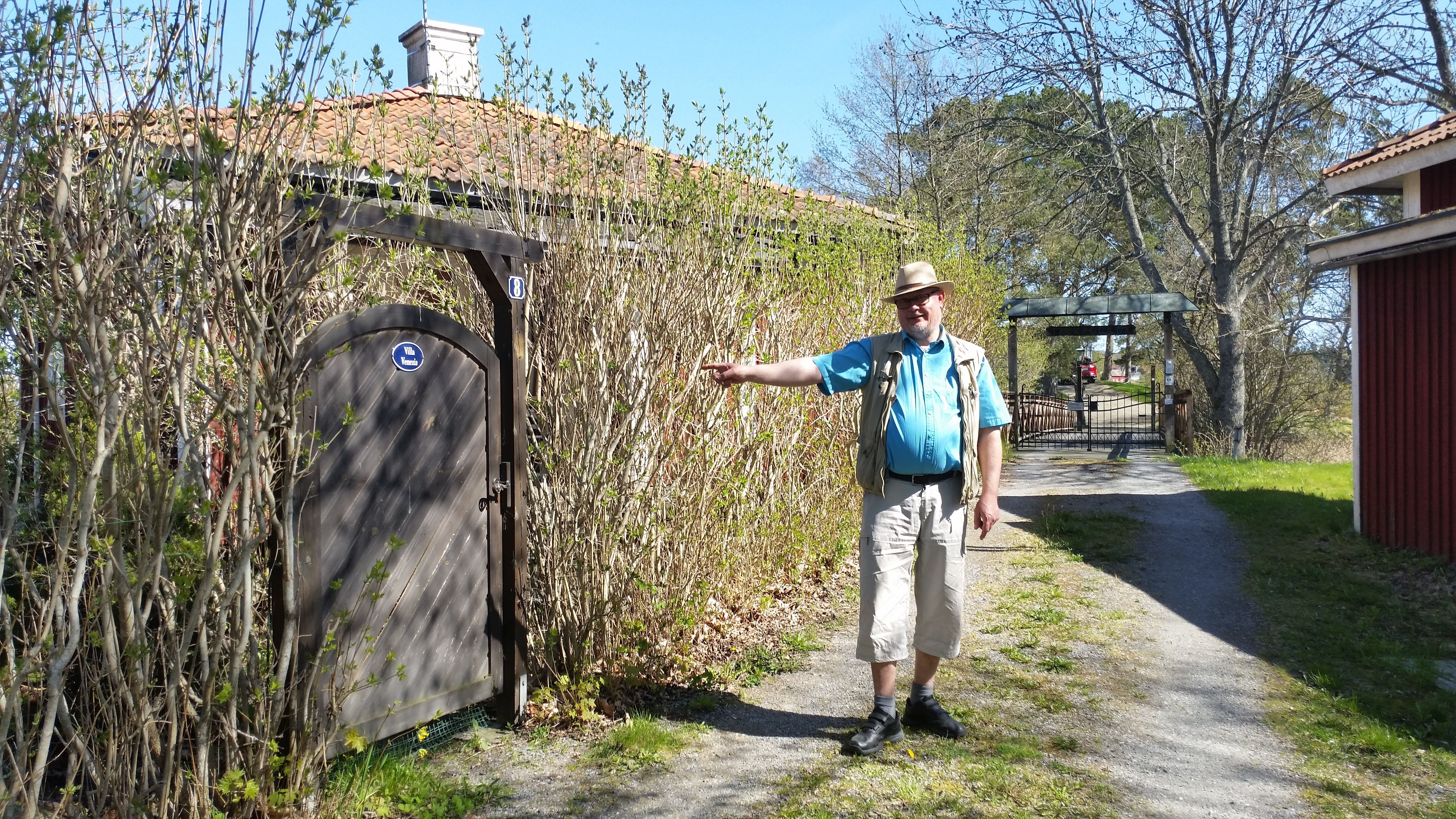 Allsångsvandring i Furusund med Michael Blum
