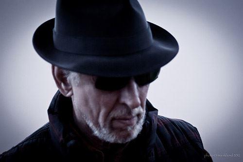 Musikaliska Strandhugg: Leonard Cohen på svenska