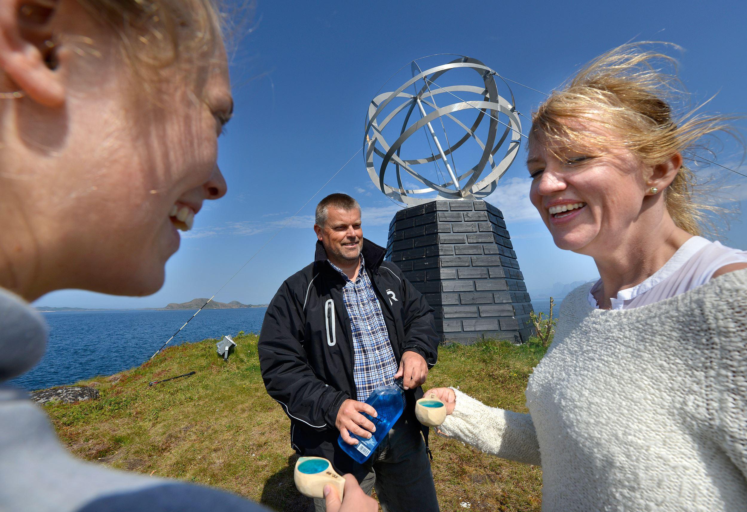 Experience the Arctic Circle Island - Vikingen