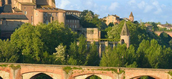 Excursion to Albi and Cordes sur Ciel