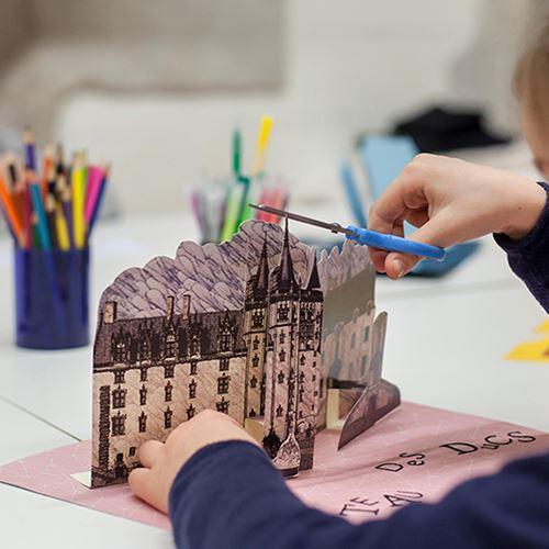 """Atelier en famille - Un atelier au château """"customisé Noël"""" + entrée musée d'histoire de Nantes et exposition temporaire en cours"""