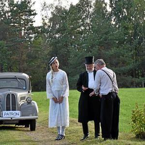 Vandrande skådespel i Komstad