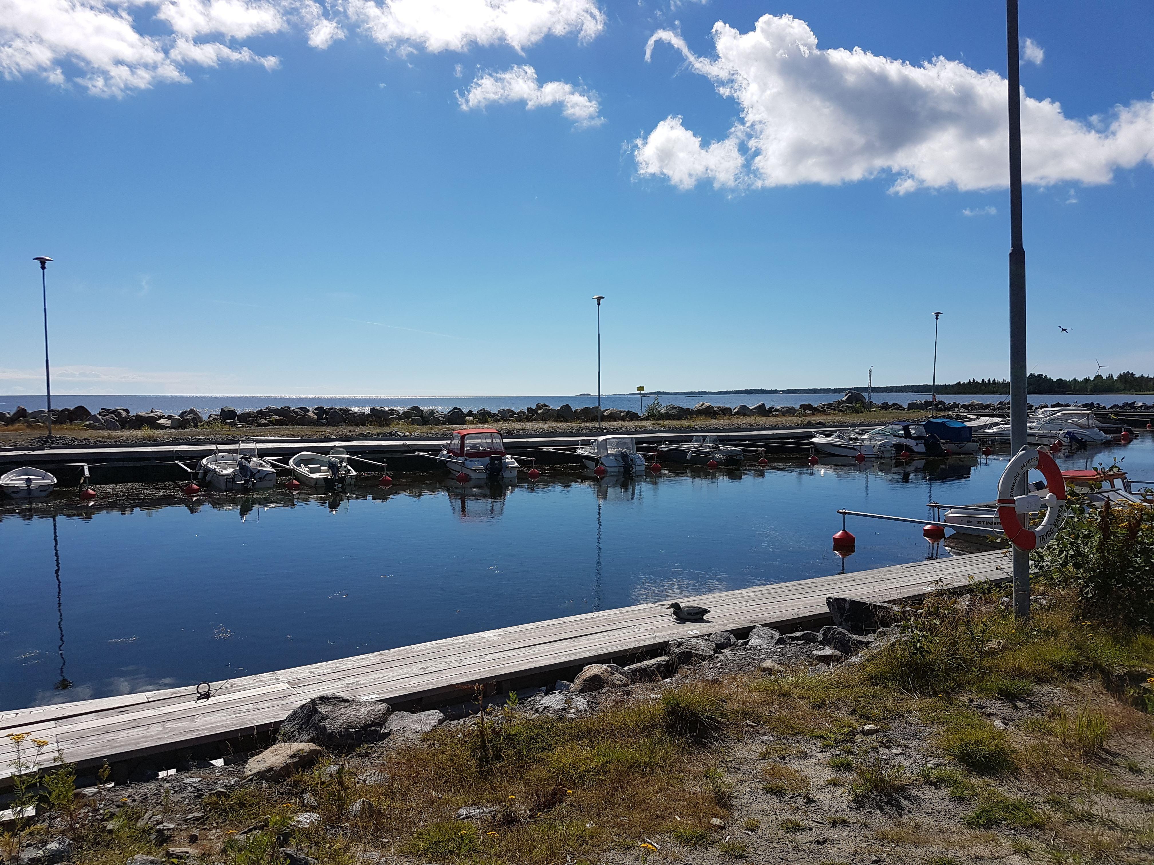 Sörmjöle Bryggcafé och båthamn