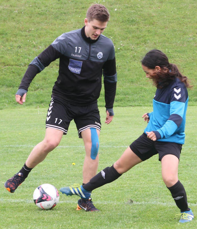 Fußballtraining mit einem Spieler aus der 1. dänischen Liga