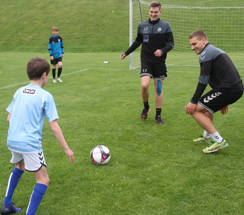 Football practice with a Danish Superliga player