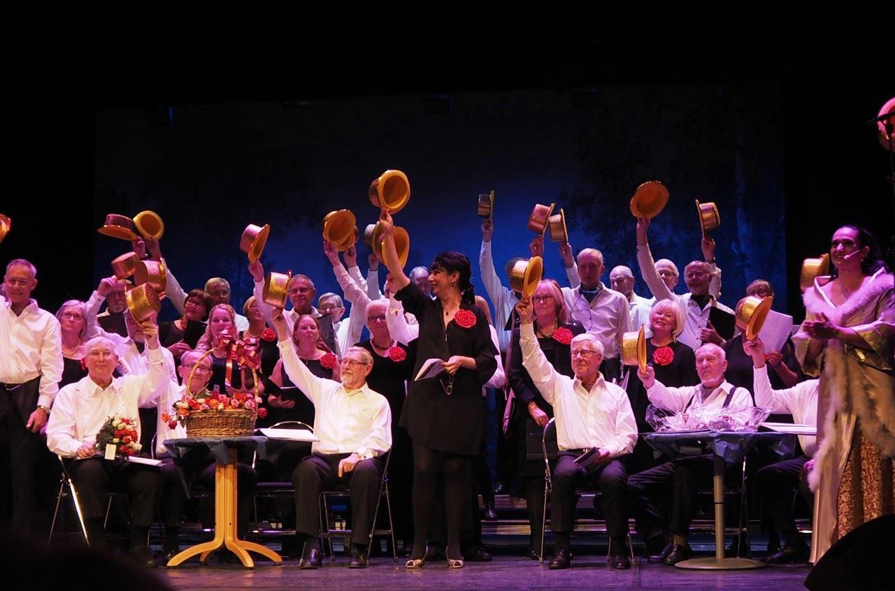 Konsert med manskören Harmoni, damkören Via Musika, Sven-Erik Erlö och blockflöjtsensemble från Kulturskolan