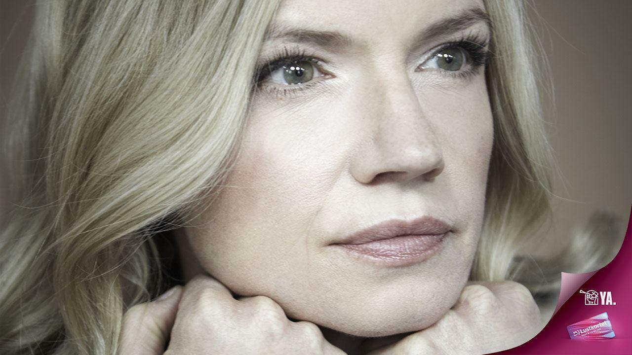 Cecilia Frode - Från det blå skåpet