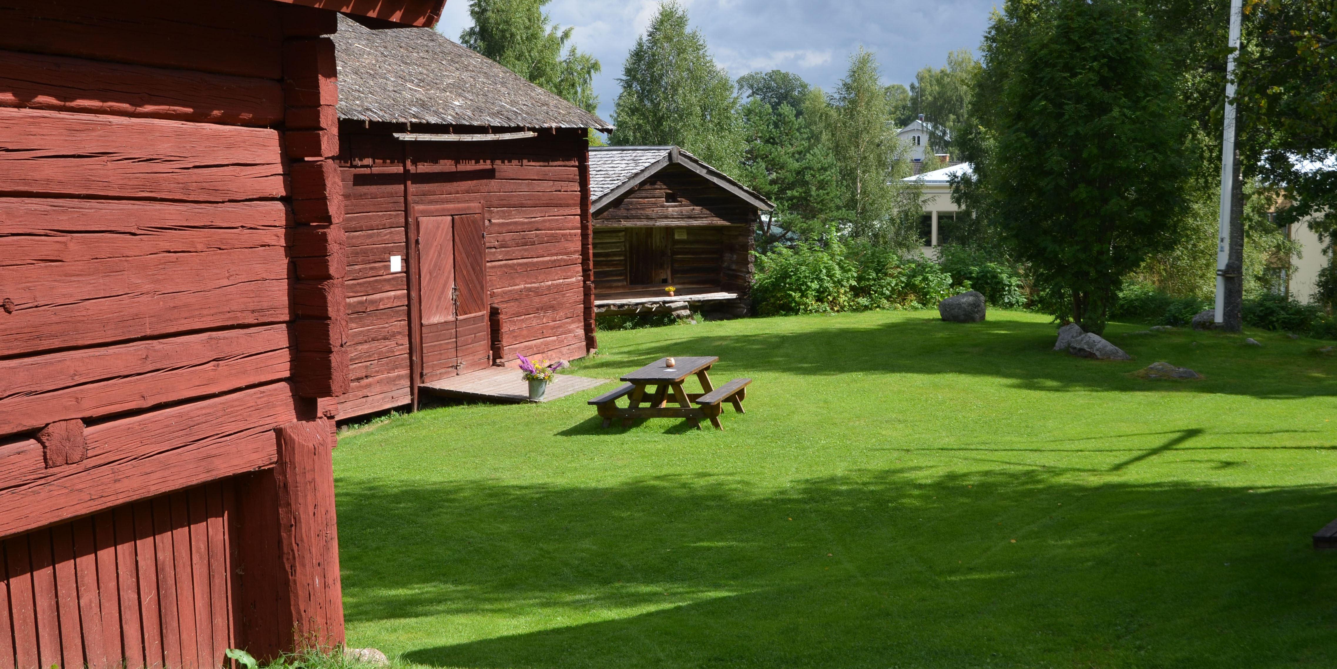 Spel och danskväll på Pålsgården