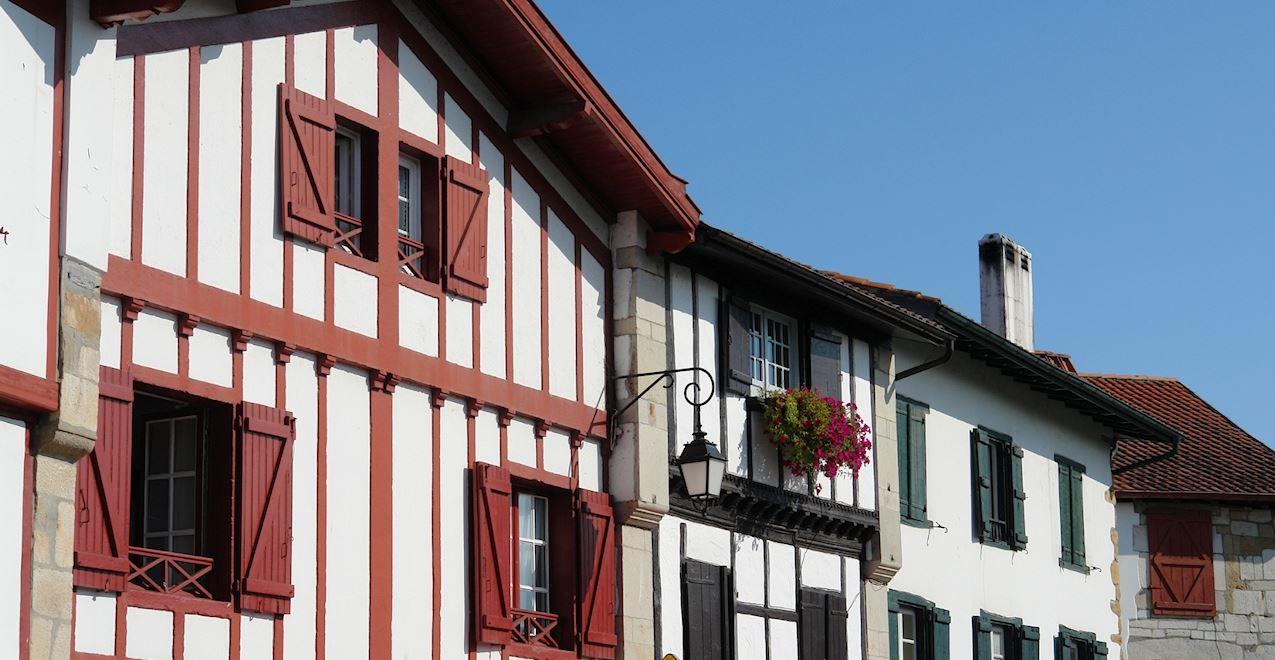 Saint-Pée-sur-Nivelle visite commentée à pied :