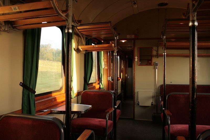 © Sveriges Järnvägsmuseum, Res i stil med vårt tåg till Classic Car Week