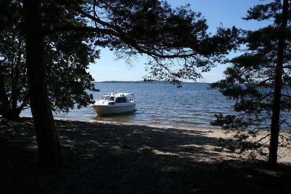 Boat transfer to Kelvenne island | Lehmonkärki