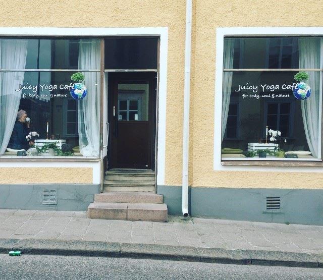Juicy Yoga Café